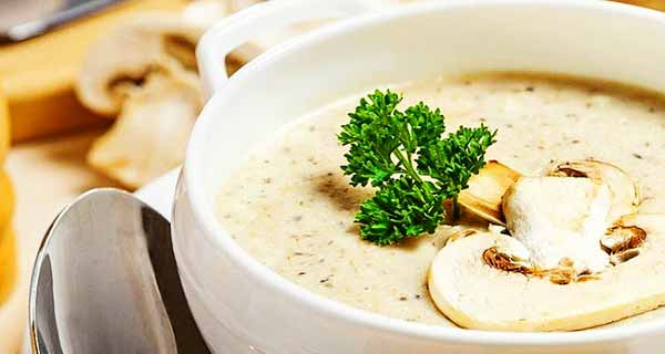 سوپ شیر و قارچ