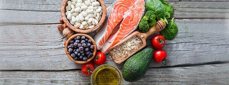 آشنایی با غذاهایی که سلامتی قلب را تضمین می کنند