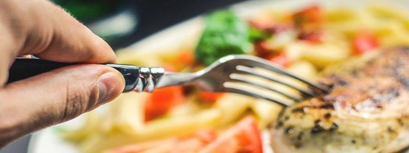 رژیم چاقی و ۱۰ ماده غذایی خوشمزه