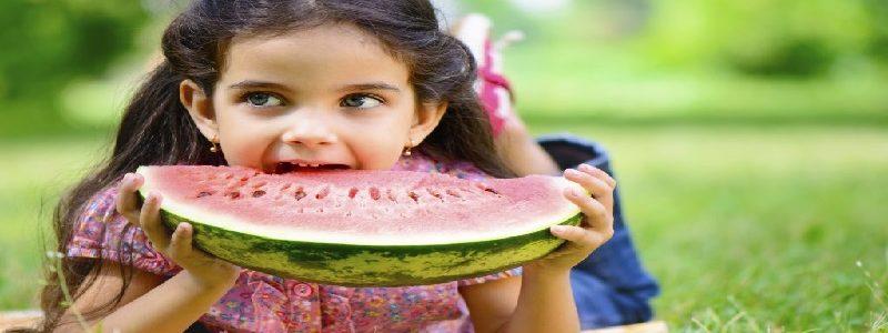 اهمیت خوردن میوه در طی روز