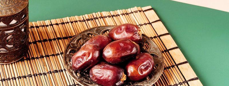 از چه غذاهایی در ماه رمضان باید پرهیز کرد ؟