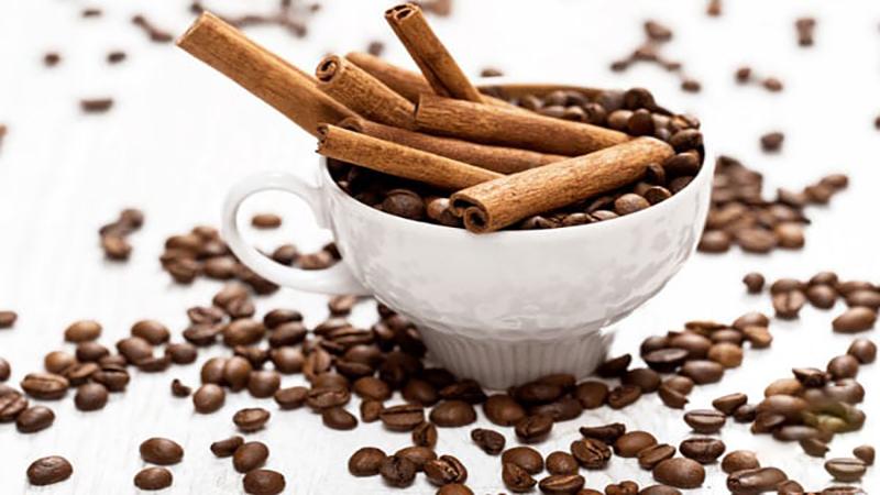 متخصص تغذیه اصفهان | شیرین کردن قهوه بدون شکر